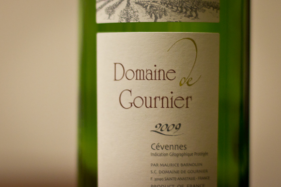 The label of a bottle of Domaine de Gournier, a French red wine